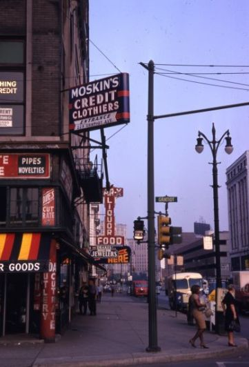 Gratiot at Broadway, 1966. Photo via Wayne State's Reuther Library.